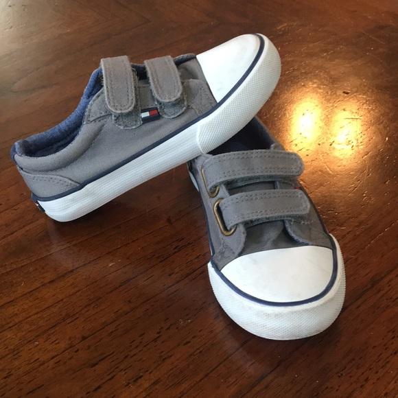 c49bb566 Toddler Tommy Hilfiger Shoes. M_5b4e2c949e6b5bcb491bc099